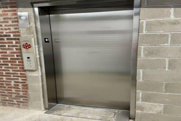storage unit elevator